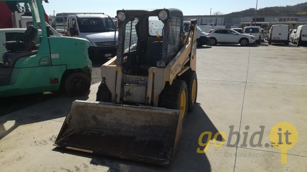 Lot Gehl Skid Steer Loader | Gobid it